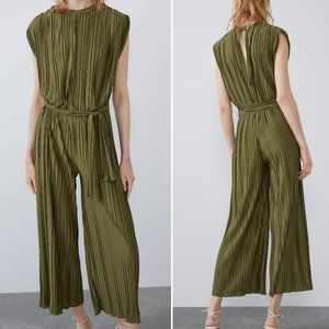 ZARA WOMAN OLIVE GREEN PLEATED JUMPSUIT WITH BELT